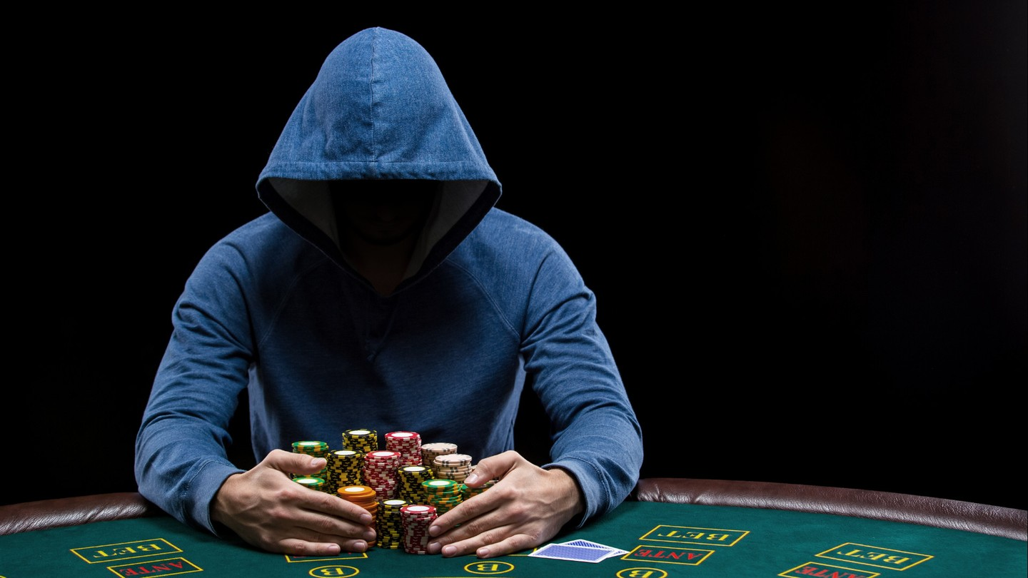 Full(er) House: Exposing high-end poker cheating devices